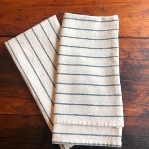Hearth and hand dish towels
